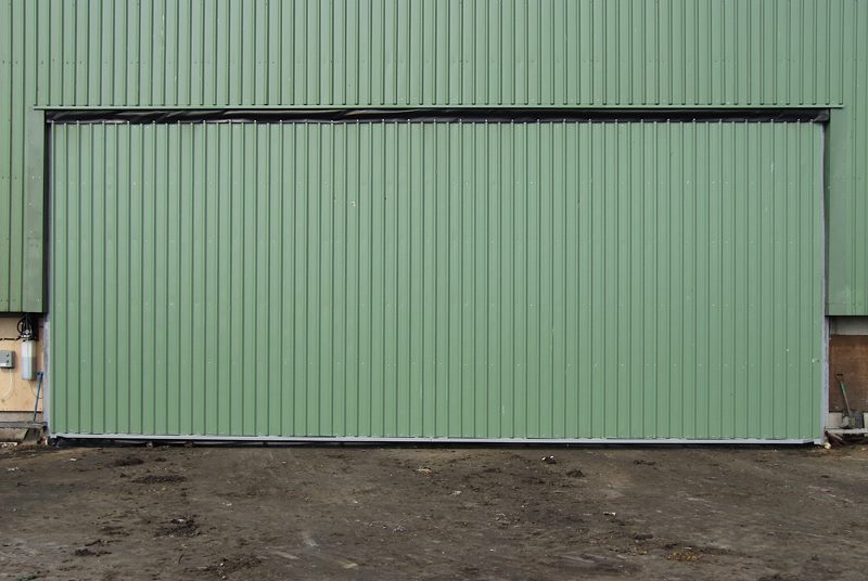 hydroswing europe uk agricultural hydraulic shed door