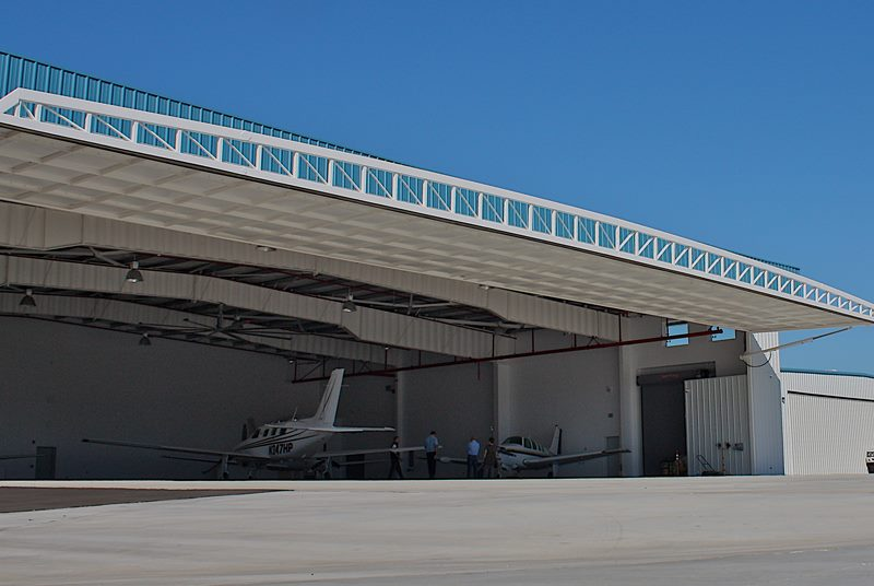 hydroswing europe uk hangar door systems 372