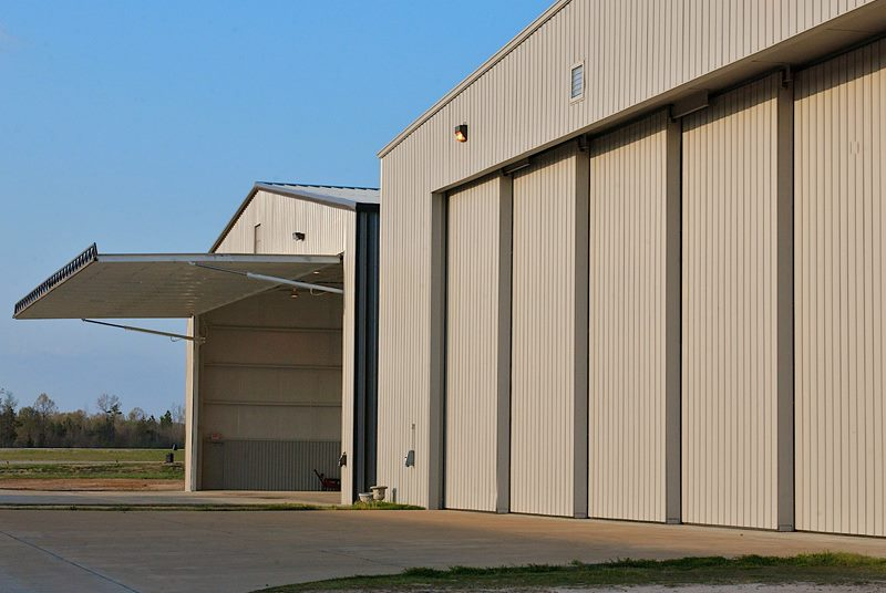 hydroswing europe uk hangar door systems 394