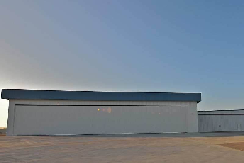 hydroswing europe uk hangar door systems 401
