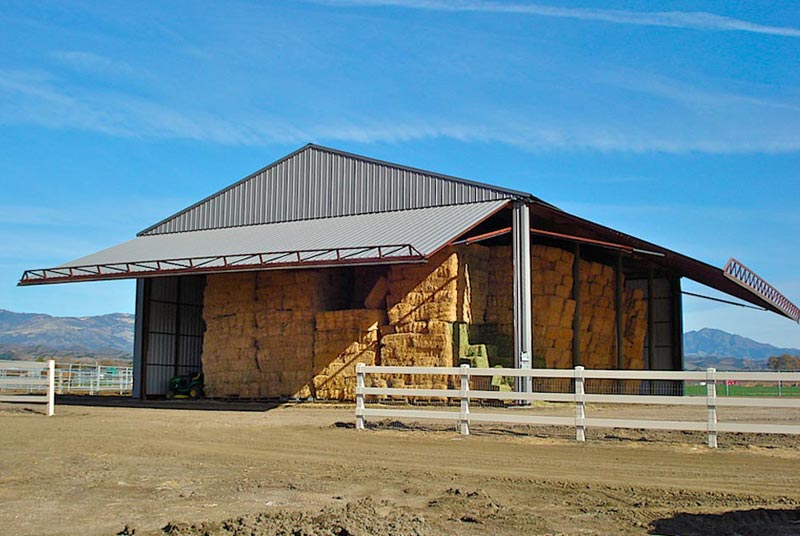 Hydroswing usa agriculture hydraulic doors shops for Hay pole barns